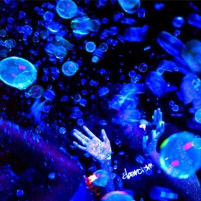 UV Glow Bubbles