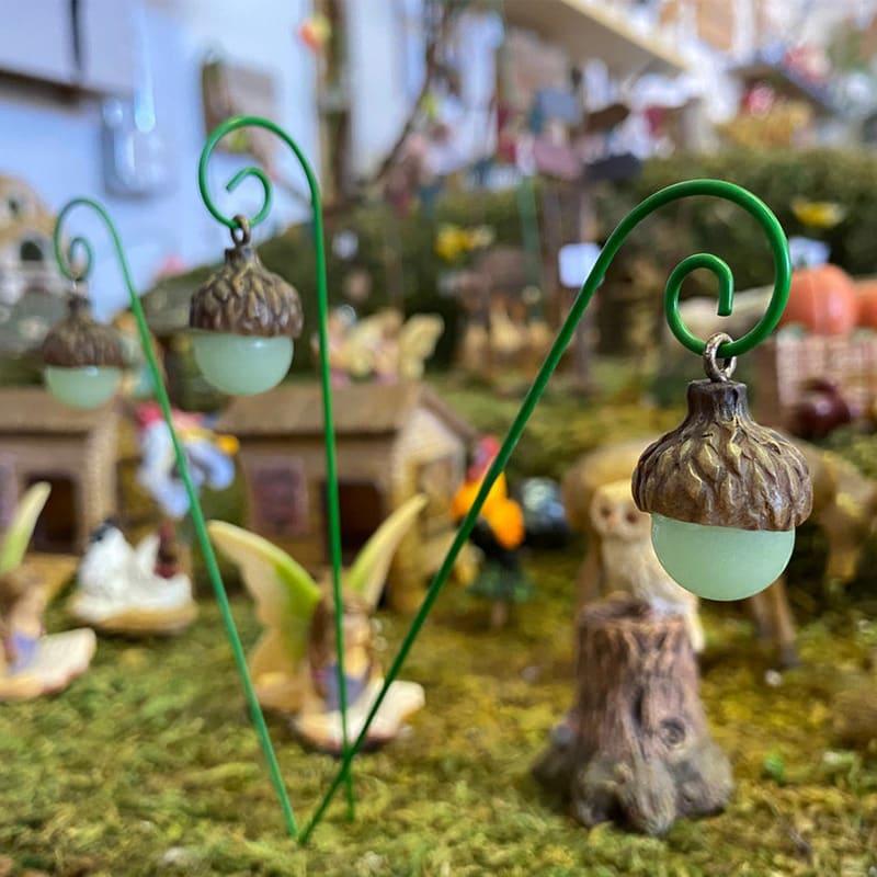 Glow-in-the-Dark Miniature lanterns